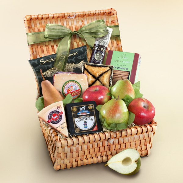 Artisan Cheese And Fruit Gift Hamper