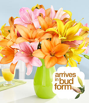 Deluxe Royal Summer Lilies Flowers with Vase