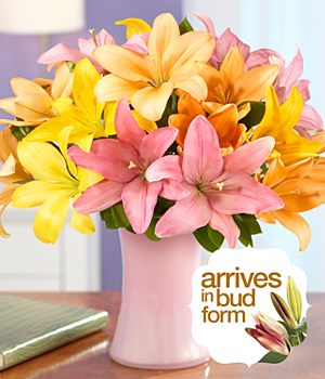 Lilies – Royal Summer Lilies Flowers with Vase