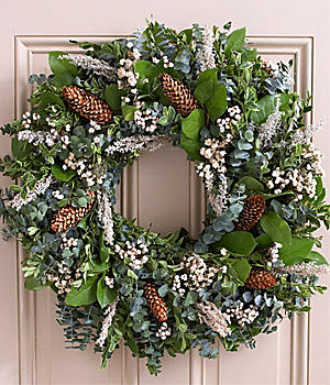 "22"" Winter Radiance Wreath"